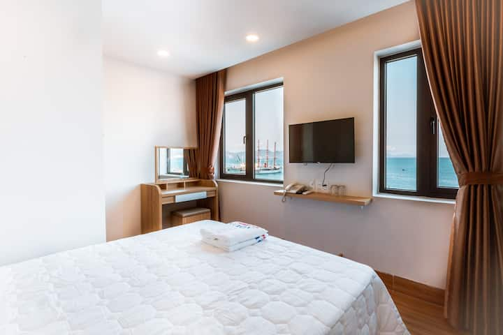 AQUA SEAVIEW HOTEL - SUPERIOR ROOM