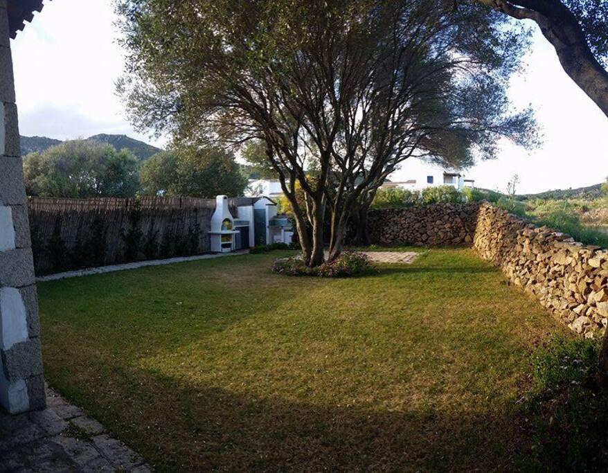 Vista giardino posteriore/ rear garden view