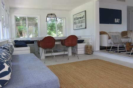 Family-friendly Beach Cottage