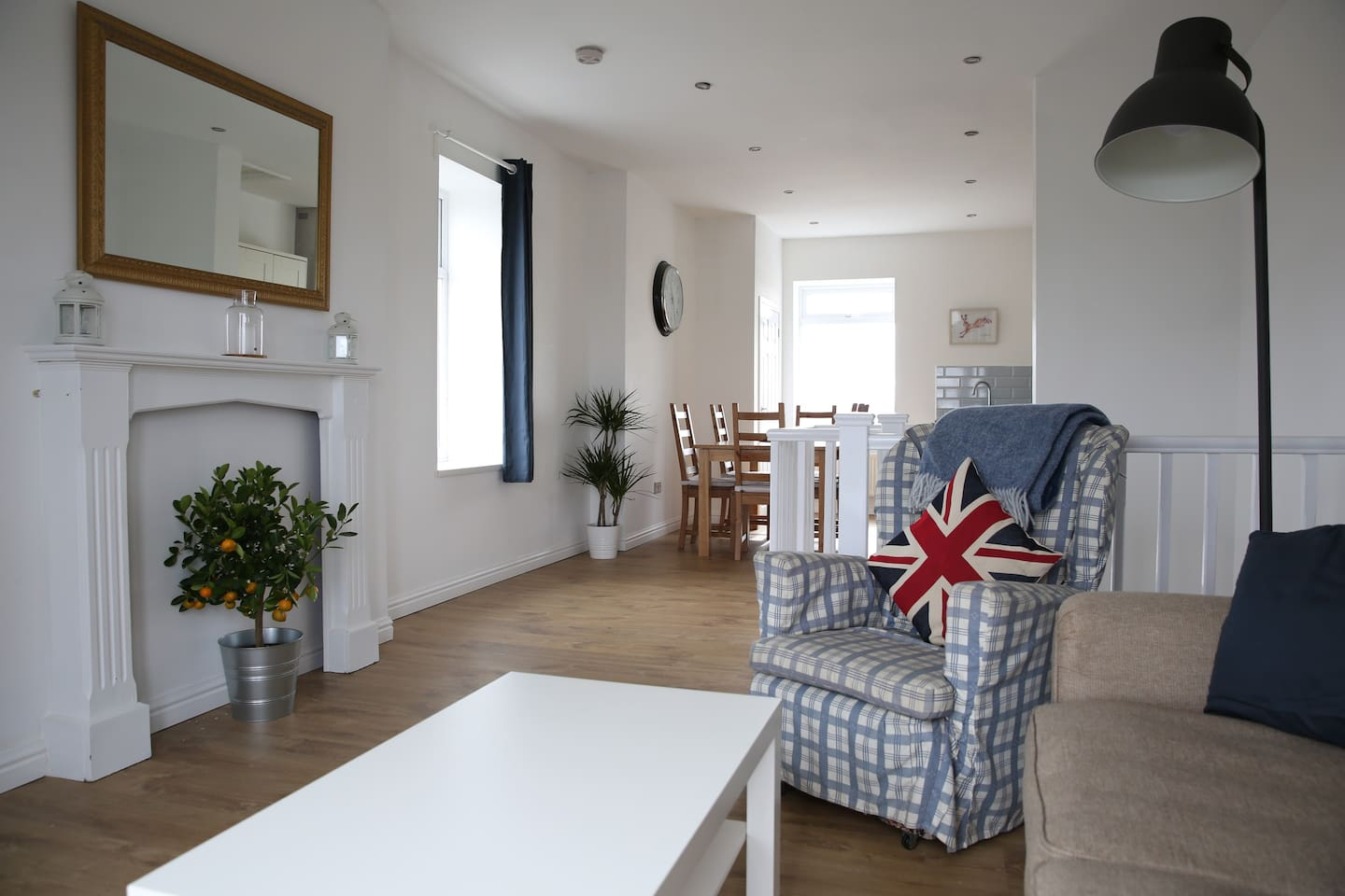 The open plan sitting room and Kitchen