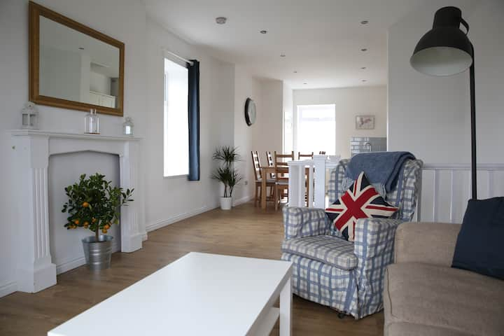 Cosy home with beautiful views in Esh, Durham