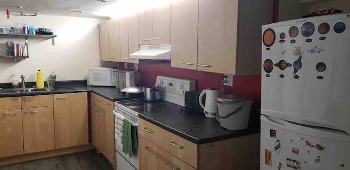 1 bedroom suite with wifi, laundry