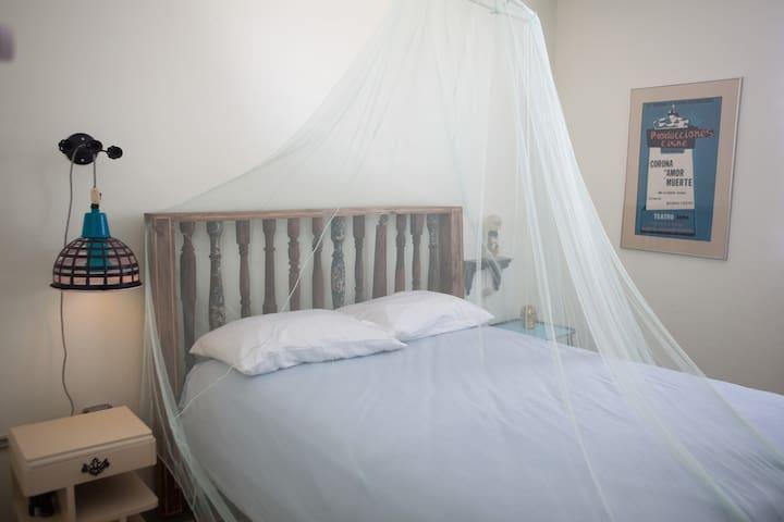 A cool Tripper's Inn Room #6