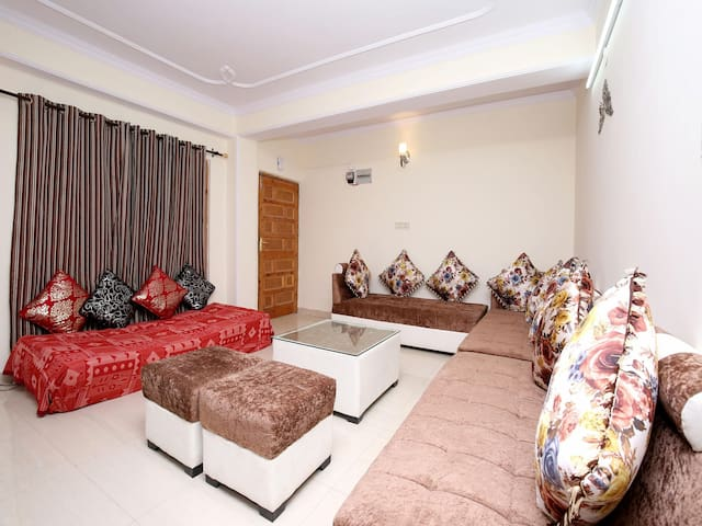 2 BHK Luxurious Home In Shimla (Best Deal)