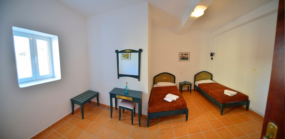 """""""Stelios"""" Apartment in Traditional Village - Kaloudiana - Appartement"""