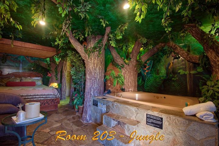 Oasis Of Eden- Jungle Room