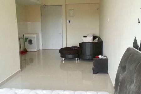 Simple studio apartment - Shah alam - Appartamento