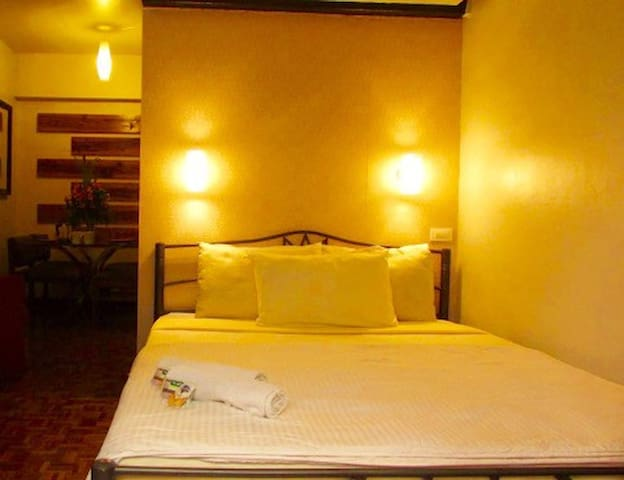 LUXURIOUS and COMFORTABLE CHIQUE PAD at MINES VIEW