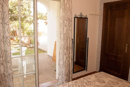 Wonderful room. Private full bathroom. - Chiclana de la Frontera