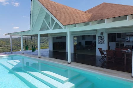 #COVI FREE# Amazing sea view and beautiful villa