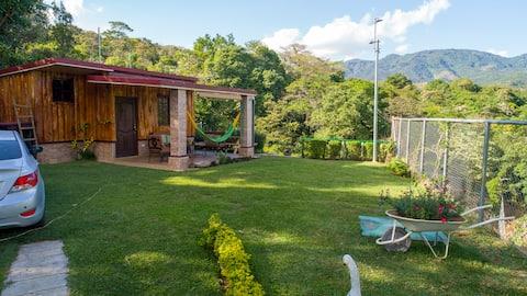 """Cabaña del """"Tío Chomo"""" en Juayúa"""