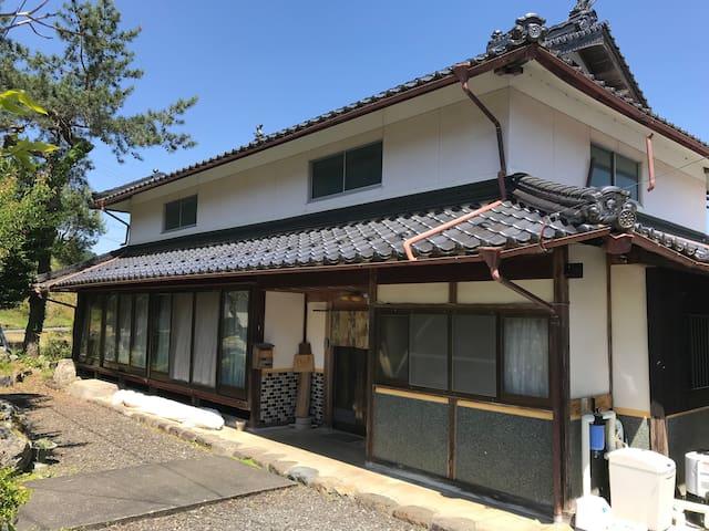 和宿オリジン/京都の山里で自然満喫、和室シェアールームプラン【朝食付き】