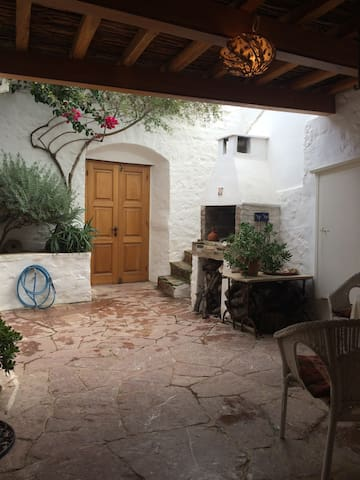 Beautiful traditional Greek house - Idra - Appartement