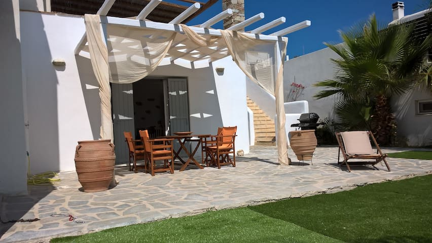 Kleontina Surf Apartments - Naxos - Hus