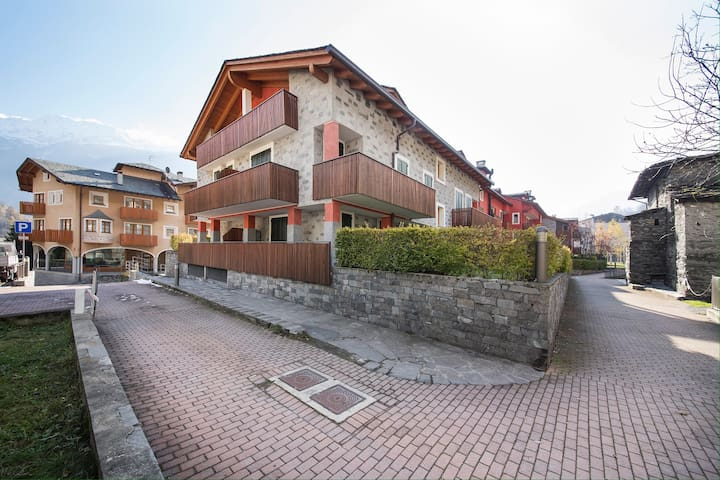 Aceri rossi - Chiesa In Valmalenco - Apartament