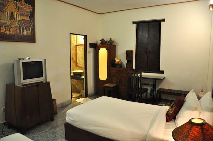 Comfy Twin Room in Sukhothai - Tambon Ban Suan - Leilighet