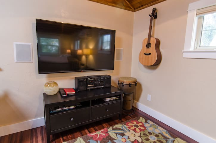 60' 4K Smart TV with Hulu and more!