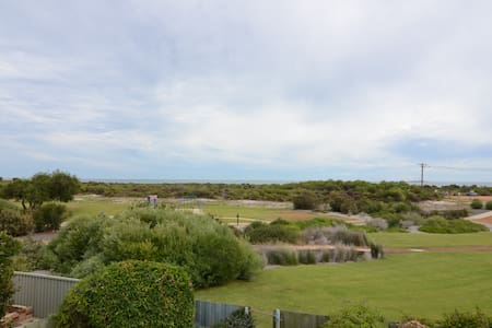 Beachfront home with amazing views - Jurien Bay