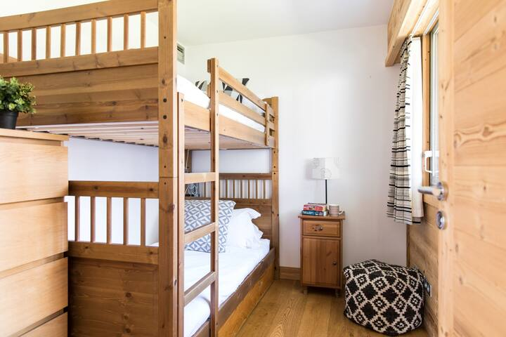 Bedroom 3: Bunk-bed room with access to a separate shower and bathroom