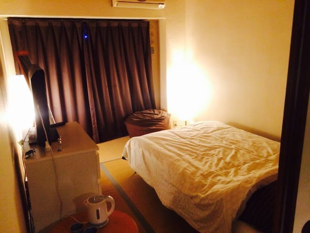 Cozy room with balcony (shin-osaka)