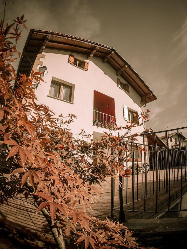 Casa Rural Gure Lur en el corazón verde de Navarra