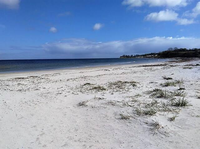 Dejlig ferielejlighed tæt på havet - Augustenborg - Apartamento