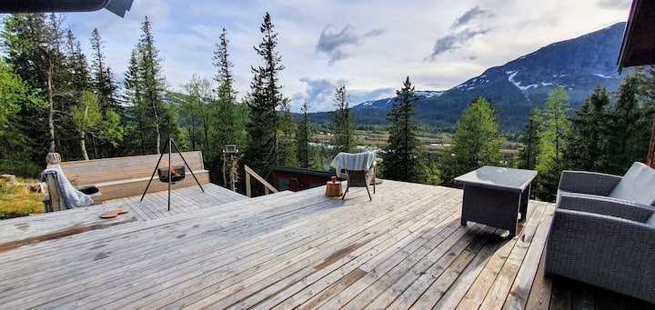 Cozy cabin with nice view at the mountain