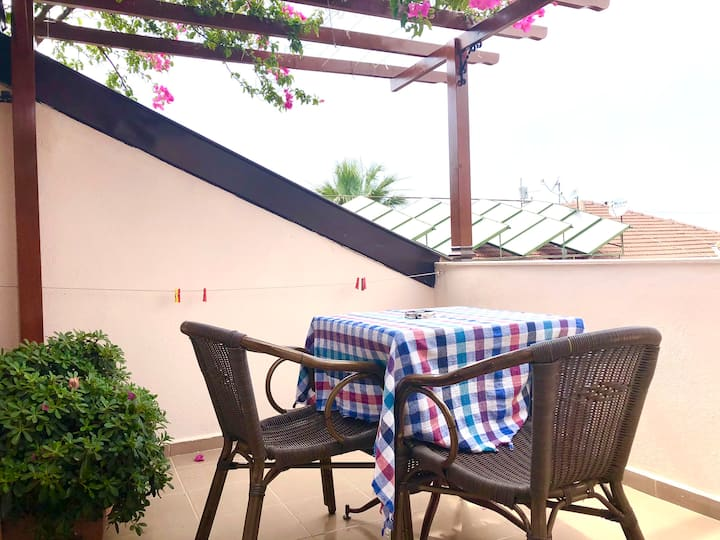 Studio Apartment in Calis, 5 min to beach