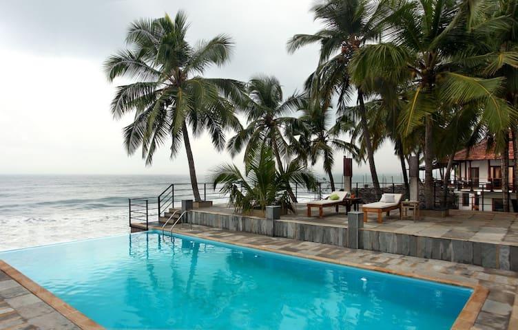cherai beach villa non airconditon - North Paravoor - Villa