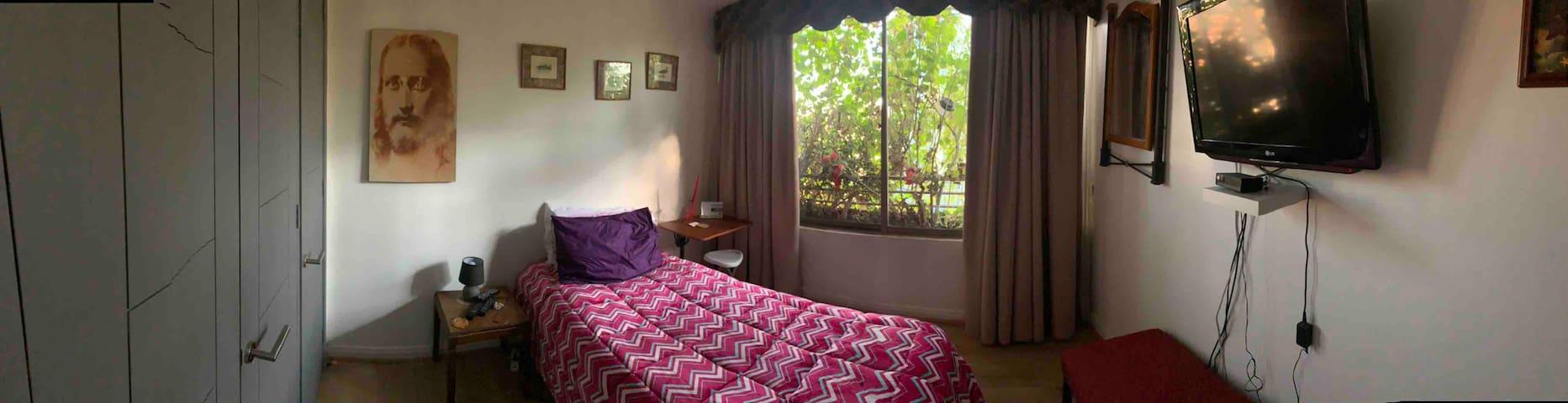 Dormitorio amoblado Nueva Las Condes mtroManquehue