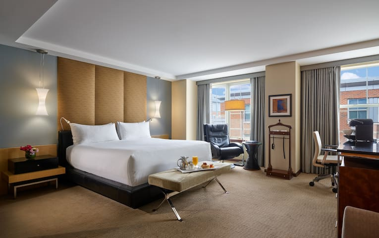 Battery Wharf Hotel, Deluxe King