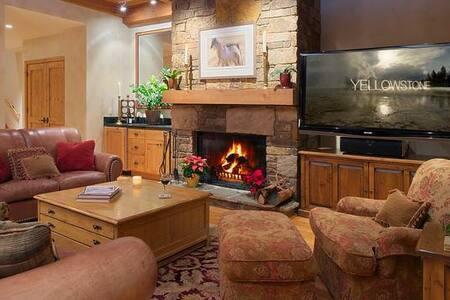 Granite Ridge Lodge  - 4BR Home + Private Hot Tub #8 - Teton Village - Other