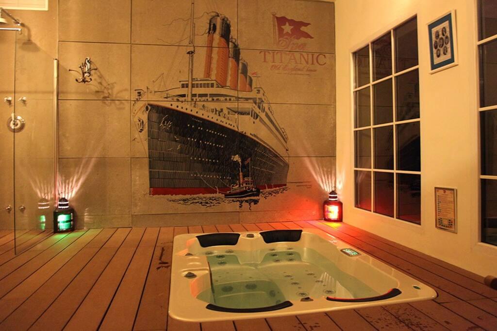Jacuzzi en el Spa Titanic