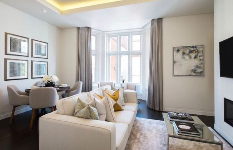 Stylish 2 bedroom apartment Oxford Street