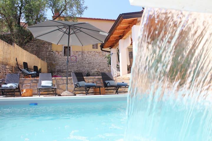 Villa Judita with heated pool