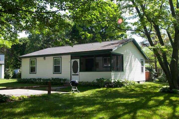 Goshorn Lake Cottage #23