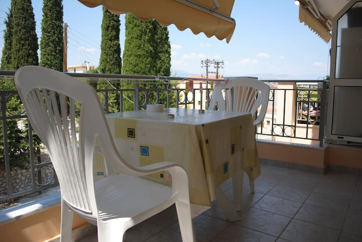 APARTMENT WITH BALCONY FOR 2 - Nafplio