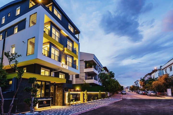 STILE SUITE HOTEL/ STUDIO SUITE BALCONY 1+0  28 M2
