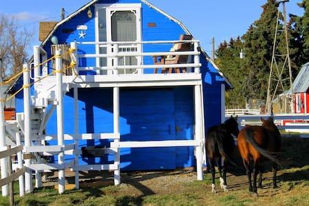 DannyGlen Mànas -Rustic Beach House - Olds - Loft