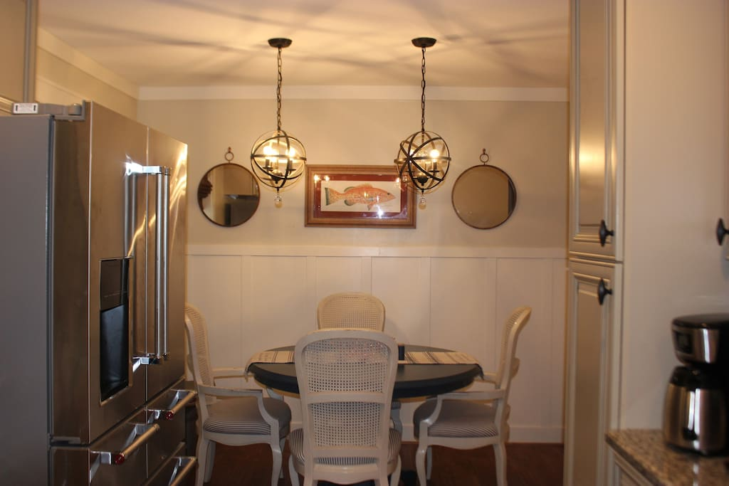 Additional seating for dining in breakfast nook .