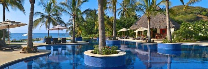 Luxury condo best views
