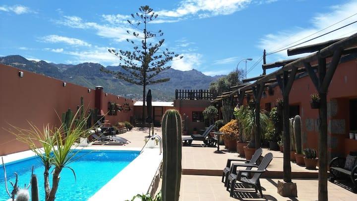 """LA CASITA""  House and pool 100% Fully Sanizitied."