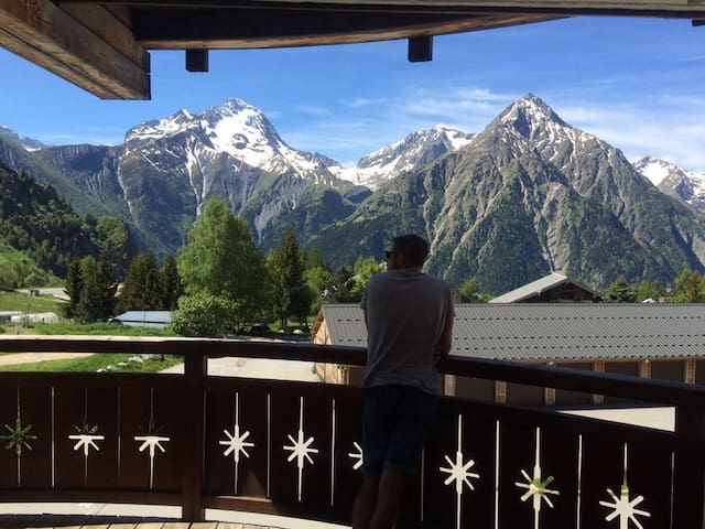 Le Janremon 2 Bed Apartment in Les Deux Alpes