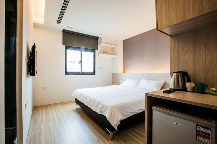 Mo默默旅宿/現代簡約雙人房201 - Houli District - Bed & Breakfast