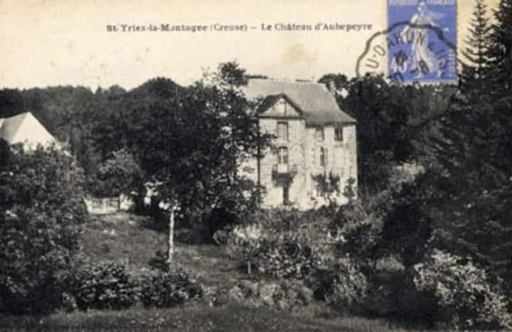 Chambre d'hôte - suite au Château d'Aubepeyre