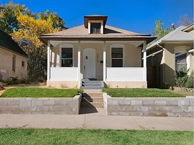 Updated Highlands Bungalow - Denver - Huis