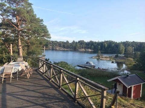 Sea front villa- Stockholm Archipelago with sauna!