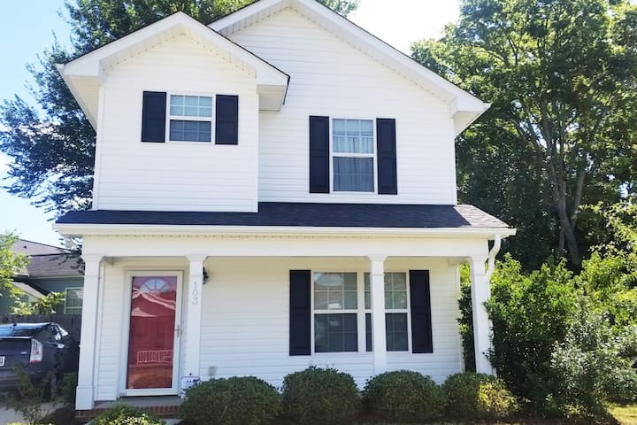 Beautiful Private Home in West Greenville