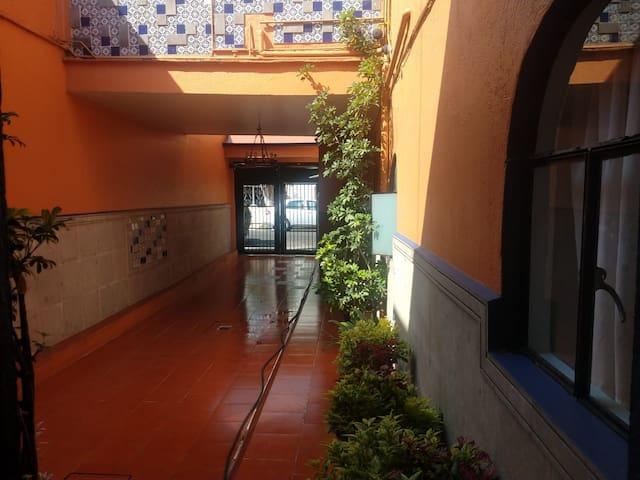 Habitación Colonial CDMX México.