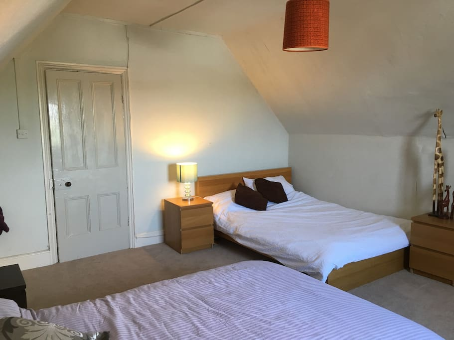 Large Room - 2 Double Beds